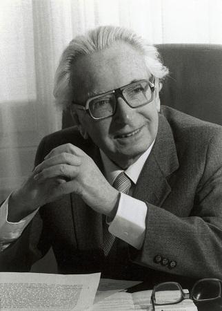 """""""Der Mensch hat Sinn"""": 105. Geburtstag von Wiens Ehrenbürger Viktor E. Frankl"""